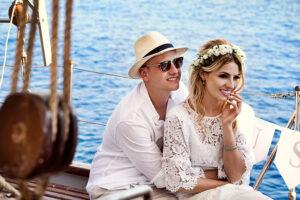 YACHT SANTORINI WEDDING